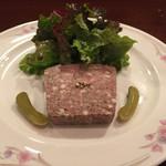 デザミ - 料理写真:豚肉とレバーの田舎風パテ