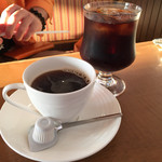 オレンジハウス - コーヒーとコーラ。