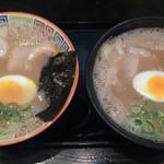 久留米 大砲ラーメン - 食べくらべセット(ラーメンと昔ラーメン) 850円