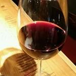 渋谷 ドラエモン - グラスワイン:量すくなっ!