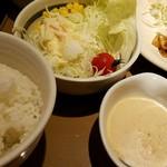 69229340 - まずはひたすら野菜サラダを食うべし!