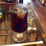 パイカル - 「アイスコーヒー」(食事とセット時は220円)。