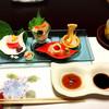 坐忘庵 - 料理写真:金魚の型抜きがちりばめられたお造り