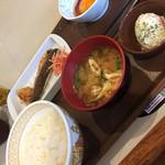 すき家 船橋南店 - 塩サバ卵かけ定食(^∇^)
