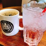 ソレッラ - ピンクグレープフルーツソーダ・コーヒー