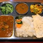ナマステネパール - 料理写真:伝統的なネパールセットメニュー
