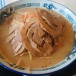 麺屋 恵 - とんこつピリ辛ネギみそチャーシュー