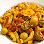 イタリア食堂 MARIA - カサレッチェ鳥肝の辛口トマトソース