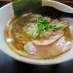 麺や勝治 - 醤油ラーメン(800円)