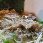 麺や勝治 - 牛バラ肉