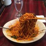 中国家庭料理 楊 - 結構な力で混ぜる