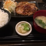 69244855 - どろぶたロースの生姜焼き定食850円