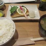 めん処譽紫 - 低温熟成さば定食