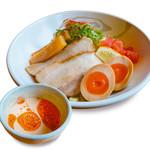 らーめん餃子 金虎 - 当店自慢】暑い時期にピッタリのごま味噌つけ麺