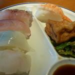 レストランかもしま - 寿司5貫絹厚揚げ、青菜炒め
