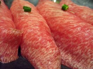 べこ政宗 名掛丁店 - とろ牛たんのお寿司