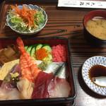 大黒鮨 - 料理写真:ランチちらし寿司