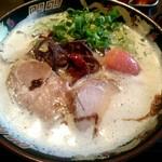 豚骨らーめんKAEDAMA - めんたいラーメン ¥870
