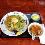 69257074 - あんかけ上海メン(800円)トッピングのゆで卵はサービス