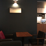 トップシークレットカフェ - 店内✨