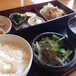 旬菜‐小豆 - ランチ(税込700円)