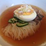 食道園 - 料理写真:シコツル絶品冷麺