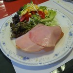大きなかぶ - 料理写真:サービスセットのサラダ&バケット