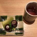 のど黒屋 - デザートとお茶
