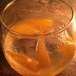 Huit - 牡蠣と柚子の日本酒サングリア
