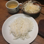 1ポンドのステーキハンバーグ タケル - ライスセット(スープ・サラダ付)280円