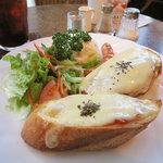 ラ・クール・カフェ - チーズトースト