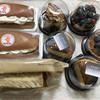 からりパン工房 - 料理写真:クリーム金時、メイプルカスタードサンド、ミックスベリーのケーキ、ブルーベリータルト、銀河の夜明け