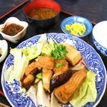 海産物 えんがん - ウツボ煮付け定食