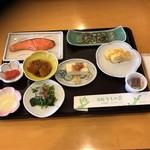 旅館 かもめ荘 - 朝食
