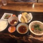 手打ち出雲蕎麦 - 地玉子ごはん定食 1,100円 値打ちです!
