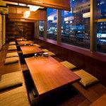鳥どり - 掘り炬燵の20名様用個室は一面窓!横浜の夜景を一望!