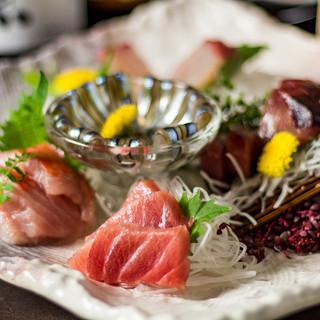 こだわりは薩摩地鶏だけではなく産地直送の海鮮料理も◎