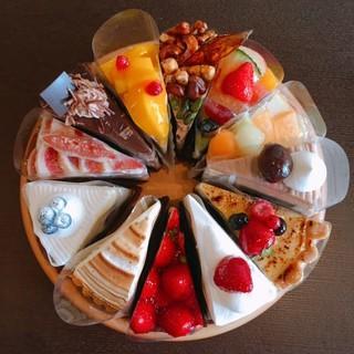 特別な記念日やお祝いにケーキをご用意♪