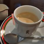 ペルラヴィータ - ★★★☆ ランチに+¥100で美味しいデミタス珈琲