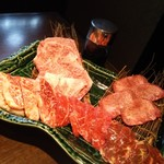 肉焼亭 うしのすけ - お得ざんまい盛り4500円