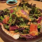 鮨屋台 握り屋 - 握り屋の海鮮サラダ