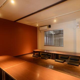 【個室完備】柔らかな照明が落ち着きのあるムードを演出