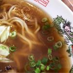 屋台ラーメン ベーヤン - 無化調スープ