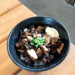 屋台ラーメン ベーヤン - ミニチャーシュー丼