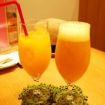マンゴーカフェ 木の葉 - ジュースとビール