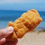 丸一食品 - 海水浴のお供にチキン
