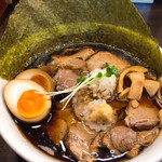 肉そば総本山神保町けいすけ - 肉そば醤油 味玉入り(880円)
