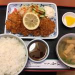 ドライブイン一平 - ヒレカツBランチ860円
