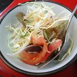 マサラ - 「チキンカツカレー」サラダ