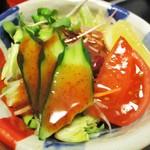 太閤本店 - 牛旨煮定食 1,400円(税別)の サラダ。